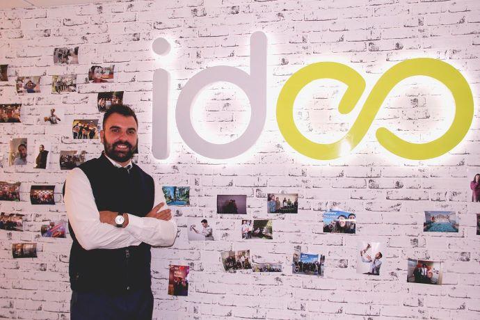 Javier Álvarez, socio fundador de Ideas desde Cero y MrGates.