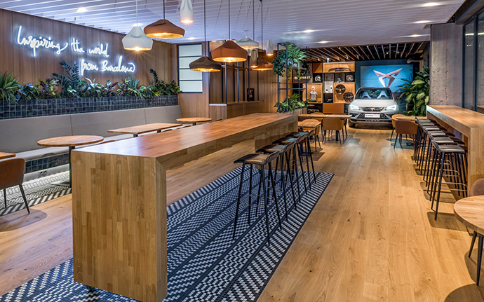 Seat inaugura Hola Tapas Bar en Viena (Austria)