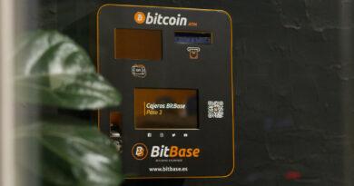 La fintech española BitBase lanza su criptomoneda, el BTBS