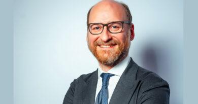 """Mateo Lecocq (Avon): """"En el modelo de venta directa actual siempre hay una persona detrás"""""""