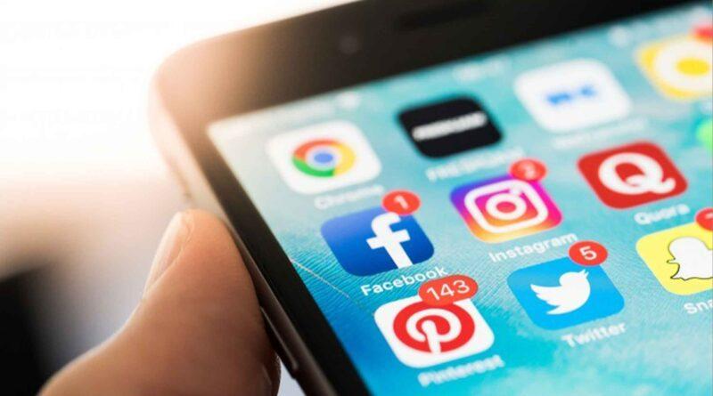 La audiencia global de las redes sociales crece, con Facebook reuniendo el mayor número de usuarios activos