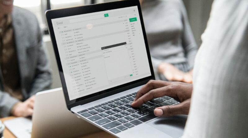 Gmail verificará los emails de las marcas para evitar ataques phising