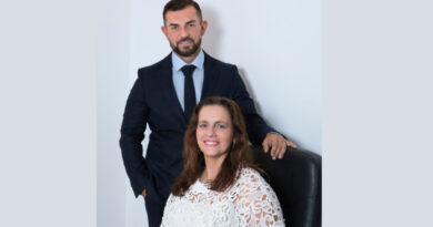 Los hermanos Piquer venden la última acción de Publips a Serviceplan