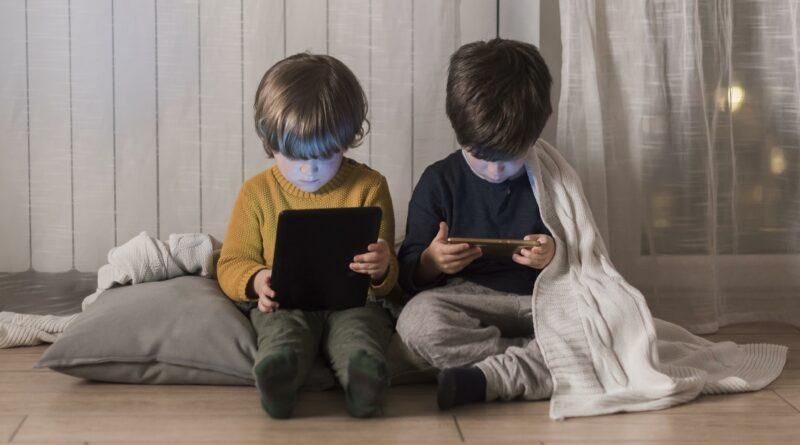 Fiscales de EEUU piden a Facebook la paralización de Instagram Kids