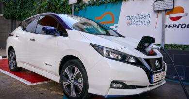 Repsol y Nissan se asocian para promover la movilidad eléctrica